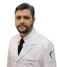 Dr. Márcio Aurélio Vilela Ribeiro